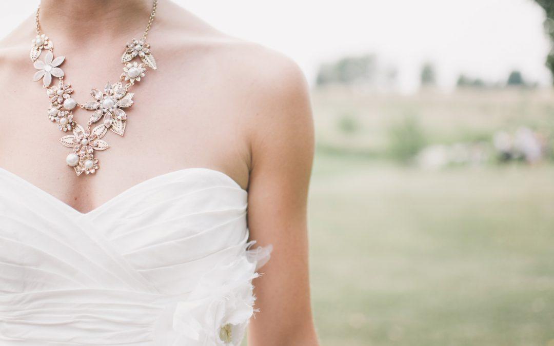 ¿Con que complementos puedo combinar mi vestido de novia?
